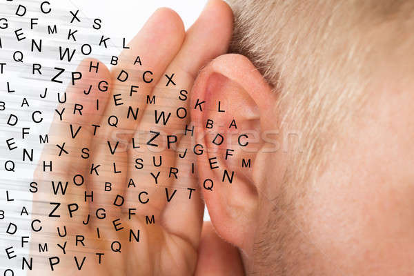 Man hand oor luisteren voorzichtig Stockfoto © AndreyPopov