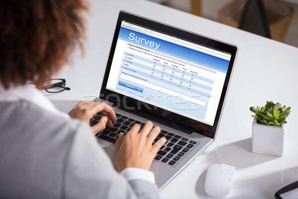 女性実業家 充填 を 調査 フォーム クローズアップ ストックフォト © AndreyPopov