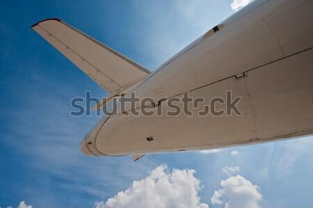Vliegtuig fragment blauwe hemel metaal Blauw industrie Stockfoto © Andriy-Solovyov