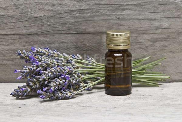 Lavendelolie lavendel hygiëne oude houten plank Stockfoto © angelsimon