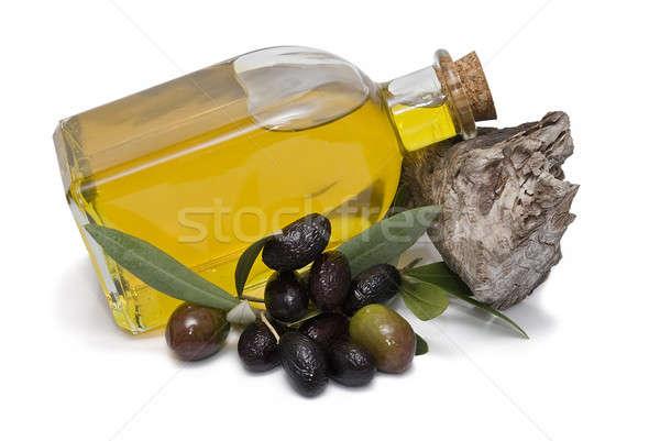 Olijven olie maagd olijfolie geïsoleerd witte Stockfoto © angelsimon