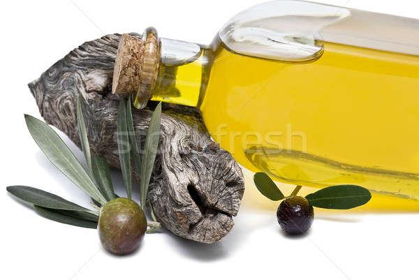 Fles olie maagd olijfolie olijven geïsoleerd Stockfoto © angelsimon
