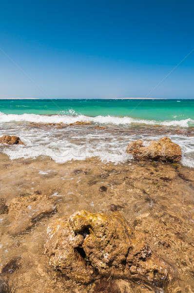 Piękna lazur fale skał Egipt Zdjęcia stock © anmalkov