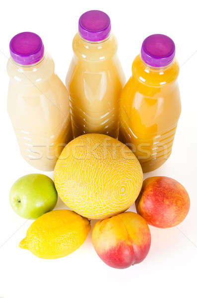 Taze şişeler meyve suyu meyve yalıtılmış beyaz Stok fotoğraf © anmalkov
