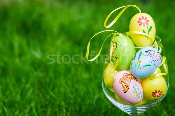 Pintado ovos de páscoa vidro grama verde fresco primavera Foto stock © anmalkov