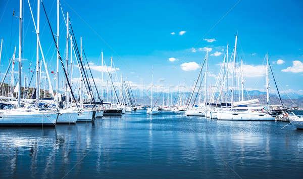 Vitorla csónak kikötő vitorlás sok gyönyörű Stock fotó © Anna_Om