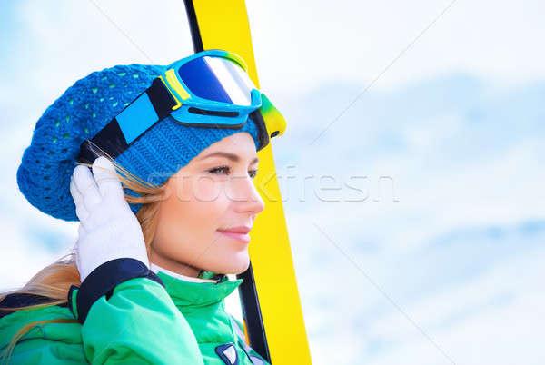 Skiër portret cute meisje Stockfoto © Anna_Om