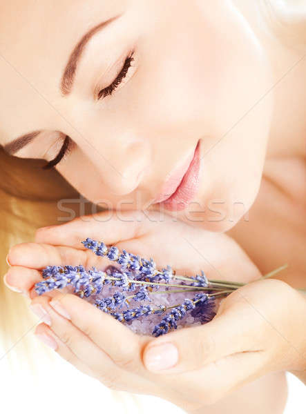 Beautiful girl cheiro lavanda flores foto roxo Foto stock © Anna_Om