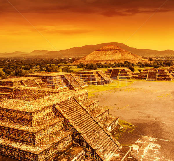 Pirâmides México pôr do sol sol lua morto Foto stock © Anna_Om