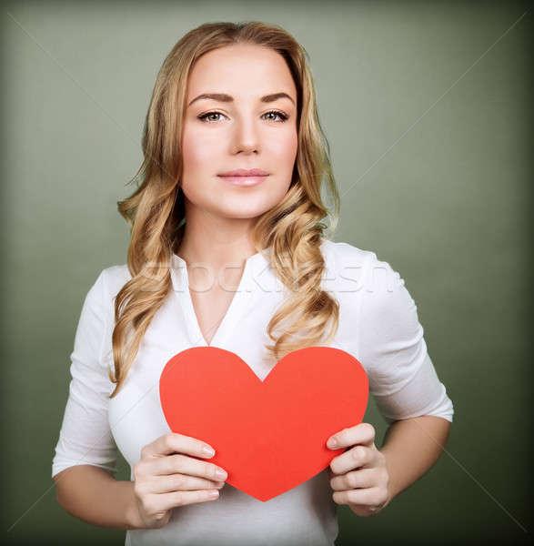 ストックフォト: 愛する · 女性 · 赤 · 中心 · 肖像 · かわいい