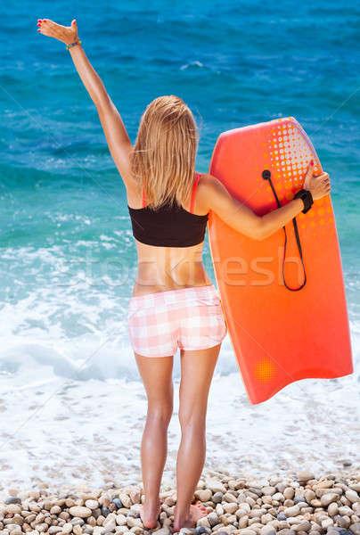Stockfoto: Vrouw · strand · slank · meisje · permanente · Maakt · een · reservekopie