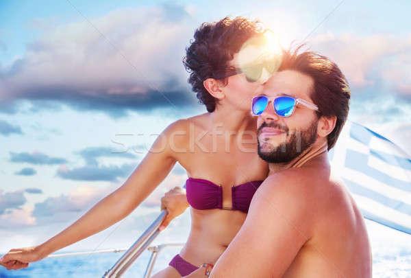 Stockfoto: Liefhebbend · paar · zeilboot · portret · gelukkig · vrolijk