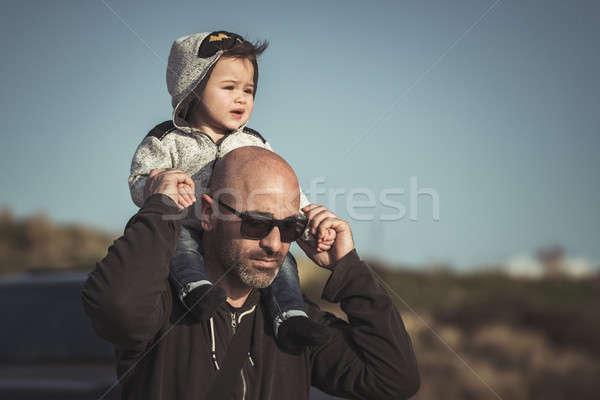 Apa játszik kicsi fiú portré hordoz Stock fotó © Anna_Om