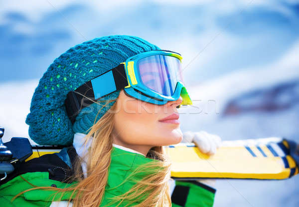Mooie skiër meisje portret Stockfoto © Anna_Om