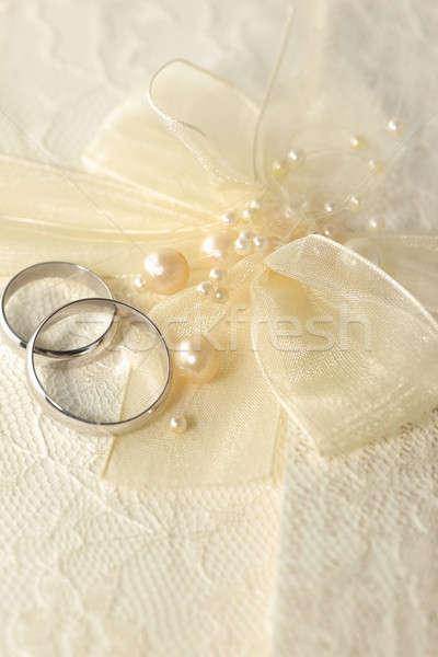 Anello nuziale perle metal argento arco Foto d'archivio © Anna_Om