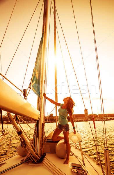 Hermosa marinero nina mujer bonita pie yate Foto stock © Anna_Om