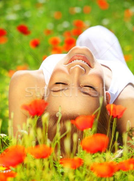 Gyönyörű női virág fiatal lány pipacs Stock fotó © Anna_Om