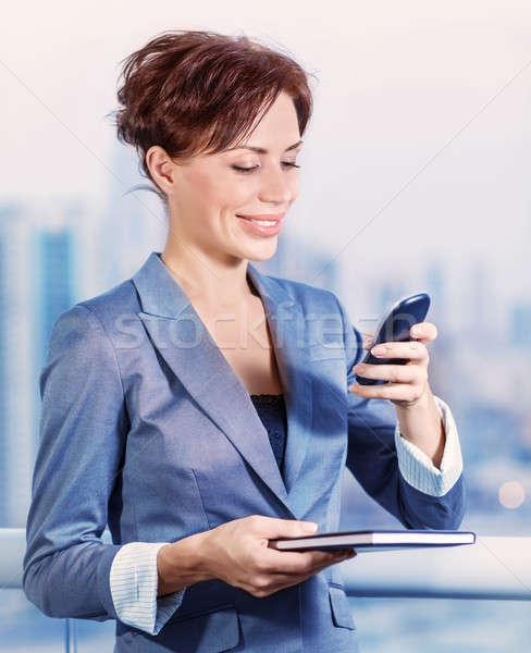 Pretty woman wzywając ktoś portret dość Zdjęcia stock © Anna_Om
