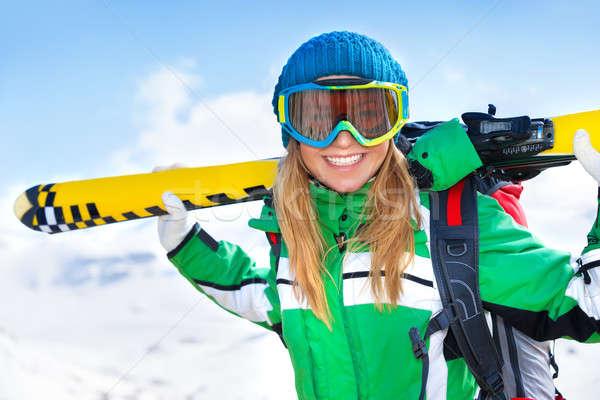 Stok fotoğraf: Mutlu · kayakçı · gülümseyen · kadın · Kayak