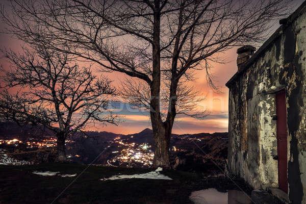 Elhagyatott farm ház öreg hegyek elképesztő Stock fotó © Anna_Om