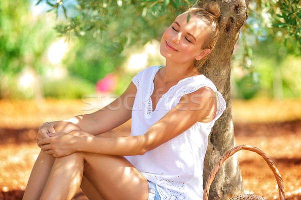 Agricultor nina dormir olivo jardín Foto stock © Anna_Om