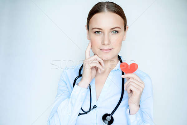 Retrato cardiologista médico sério mulher Foto stock © Anna_Om