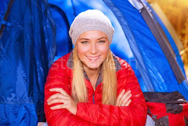 Boldog lány tábor közelkép portré boldog mosolyog Stock fotó © Anna_Om