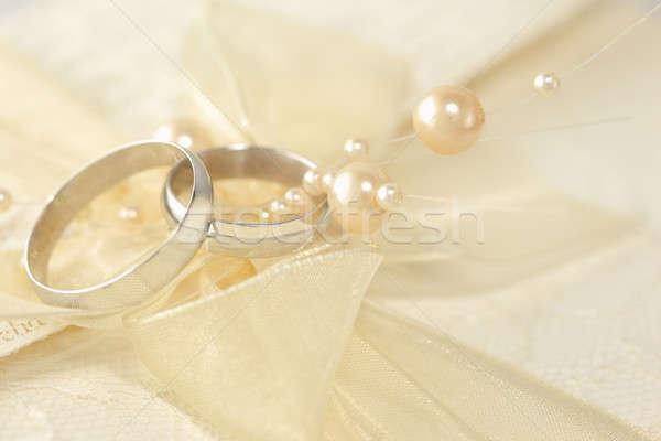 обручальное кольцо жемчуга металл серебро лук Сток-фото © Anna_Om