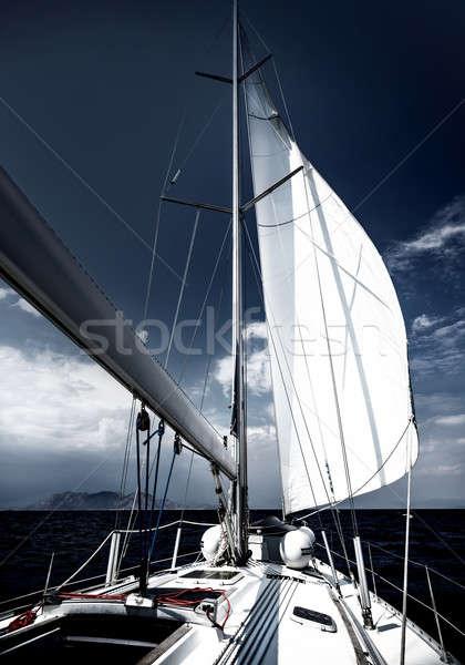 Luxo velejar barco veleiro romântico viajar Foto stock © Anna_Om