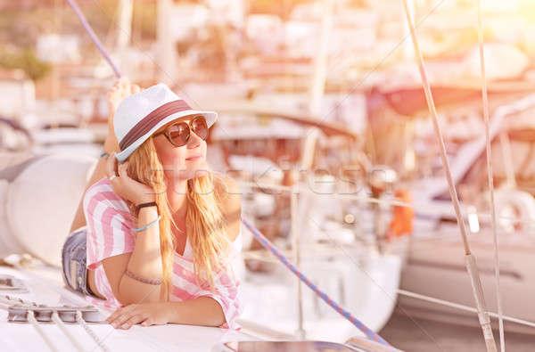 ストックフォト: ヨット · 幸せ · ブロンド · 女性