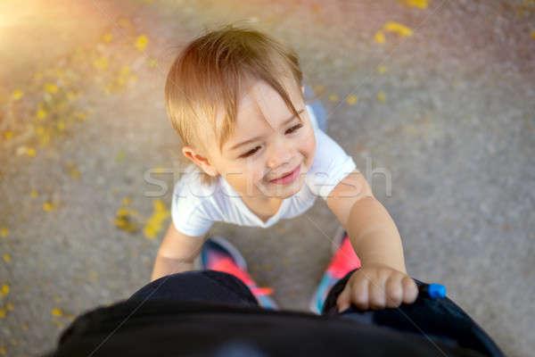 Mamãe bonitinho sorridente pequeno menino Foto stock © Anna_Om