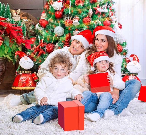 Mutlu Noel tatil anne üç Stok fotoğraf © Anna_Om