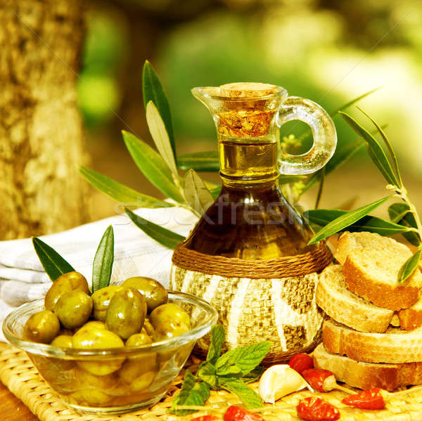 Aceite de oliva naturaleza muerta foto saludable orgánico vinagreta Foto stock © Anna_Om