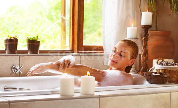 Sensuale donna vasca da bagno foto femminile Foto d'archivio © Anna_Om