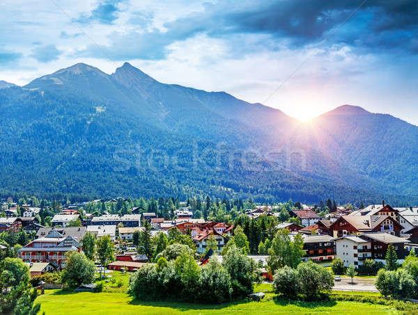 Gyönyörű falu kilátás kicsi öreg gazdálkodás Stock fotó © Anna_Om