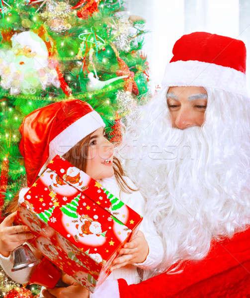 Stock fotó: Fogad · ajándék · mikulás · portré · aranyos · kislány