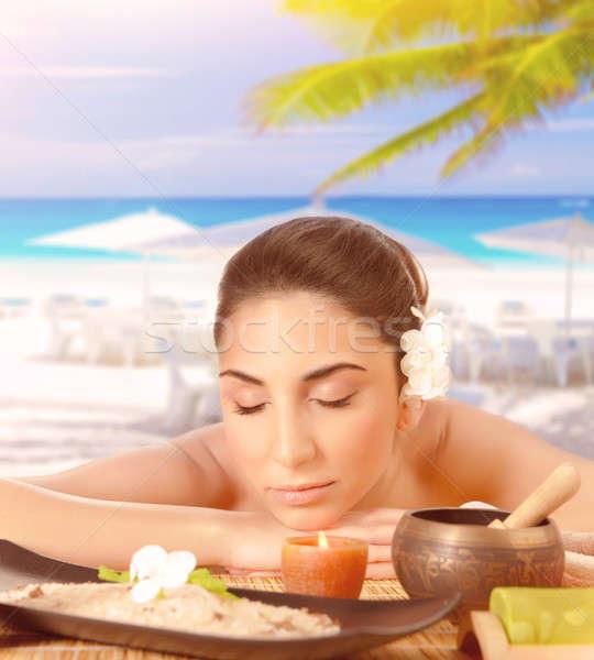 Pretty woman massaggio spiaggia primo piano ritratto Foto d'archivio © Anna_Om
