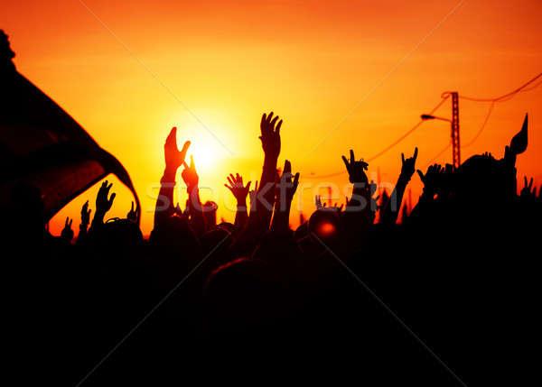 Revolutie mensen protest overheid man vechten Stockfoto © Anna_Om