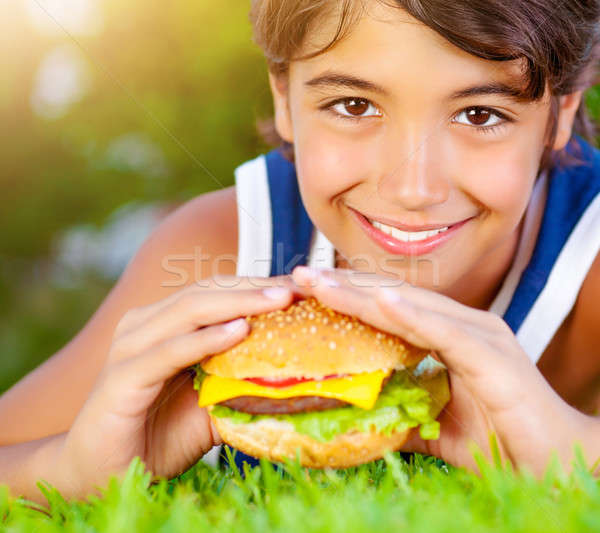 Eten hamburger portret cute Stockfoto © Anna_Om
