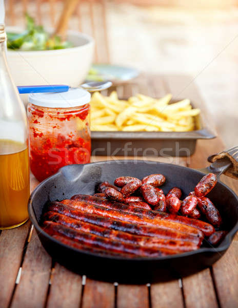 Lezzetli sosis domuz eti ızgara patates kızartması Stok fotoğraf © Anna_Om