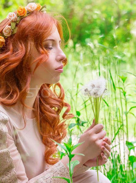 Sonhador mulher leão retrato bom fresco Foto stock © Anna_Om