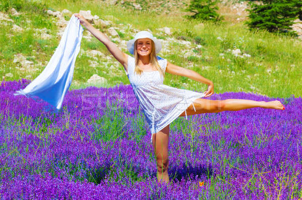 Foto stock: Femenino · danza · lavanda · pradera · atractivo · rubio