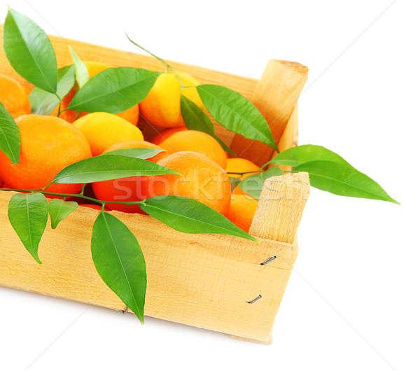 Fresco laranja caixa frutas isolado branco Foto stock © Anna_Om