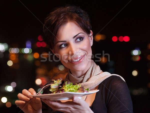 Foto stock: Mujer · bonita · cena · noche · aire · libre · restaurante · comer