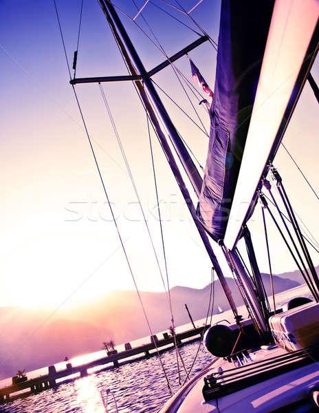 Voilier coucher du soleil photos pourpre luxe yacht Photo stock © Anna_Om