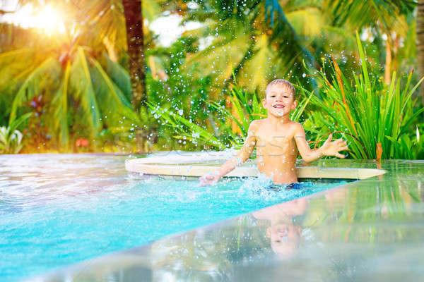 Piccolo ragazzo piscina cute felice giocare Foto d'archivio © Anna_Om