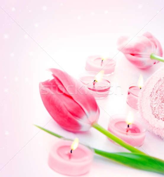 Fürdő gyertya rózsaszín tulipán virágok aromaterápia Stock fotó © Anna_Om