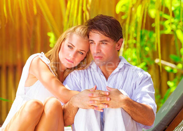Liefde portret jonge familie huwelijksreis tropische Stockfoto © Anna_Om