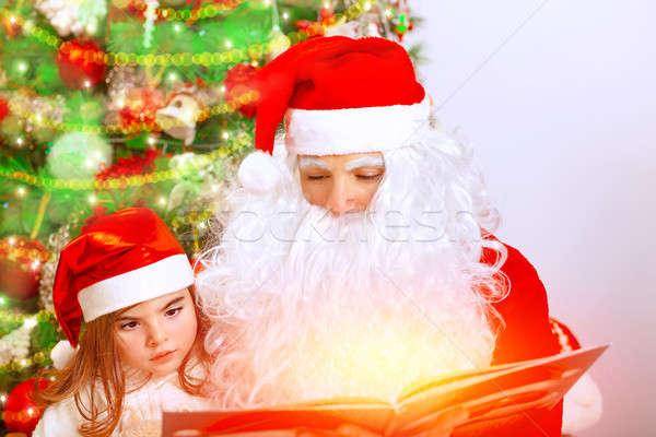 Stock fotó: Mikulás · aranyos · leányunoka · portré · ül · karácsonyfa