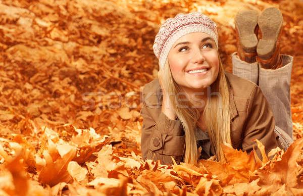 Stockfoto: Meisje · bladeren · foto · mooie